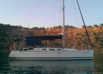Rent a sailboat in Port Mahon - Dufour 40