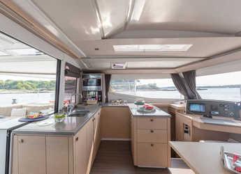 Rent a catamaran in Eden Island Marina - Helia 44 Evolution