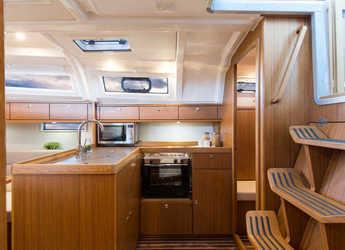 Alquilar velero Bavaria Cruiser 37 en ACI Marina Dubrovnik, Dubrovnik city