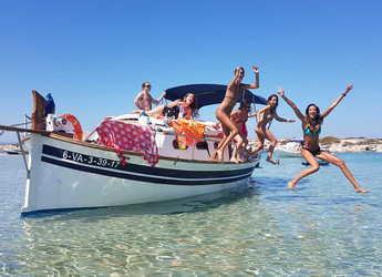 Alquilar lancha Llaut Mitjorn en Marina Formentera, Formentera