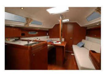 Chartern Sie segelboot Oceanis 31 in Zaton Marina, Zaton