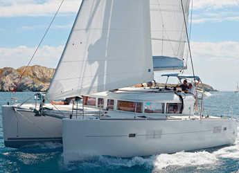 Rent a catamaran in Club Naútico de Sant Antoni de Pormany - Lagoon 400 S2