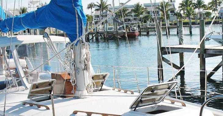Alquilar catamarán MORGAN O.I. 41 en Inner Harbour Marina (Road Town), Road town