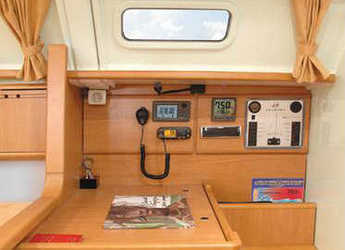 Rent a sailboat Harmony 38 in Zaton Marina, Zaton