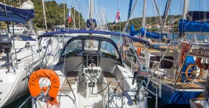 Rent a sailboat in Zaton Marina - Harmony 34