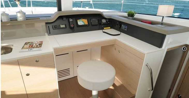 Rent a catamaran in Lefkas Nidri - Bali 4.1