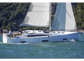 Rent a sailboat in SCT Marina Trogir - Dufour 430