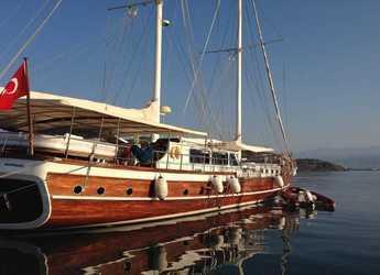 Rent a schooner in Netsel Marina - Gulet Perla Del Mar1