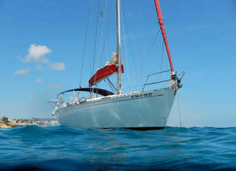 Rent a sailboat in Club Naútico de Sant Antoni de Pormany - Dufour 43 Classic