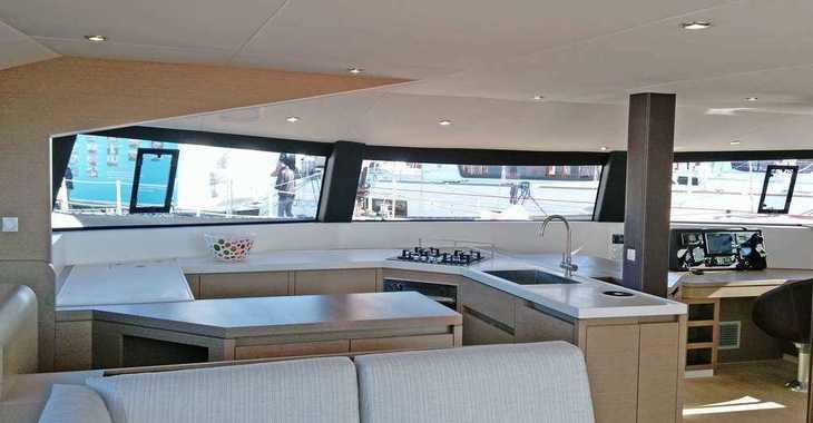 Alquilar catamarán Neel Trimaran 51 en Port Louis Marina, Saint George´s