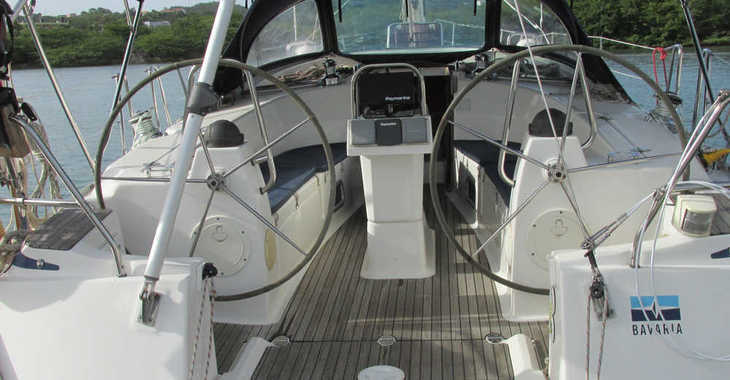 Rent a sailboat in Blue Lagoon - Bavaria 40