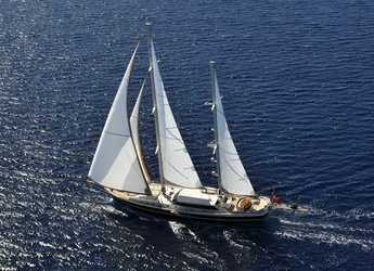 Rent a schooner in Bodrum Marina - Ketch Gulet 118