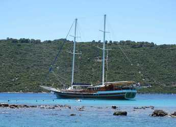 Rent a schooner in Split (ACI Marina) - Gulet 105
