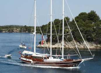Rent a schooner in Split (ACI Marina) - Gulet DOLCE VITA 1