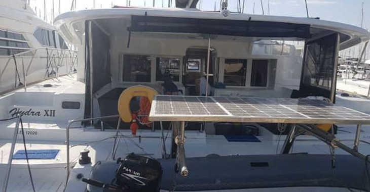 Rent a catamaran in Alimos Marina Kalamaki - Lagoon 450