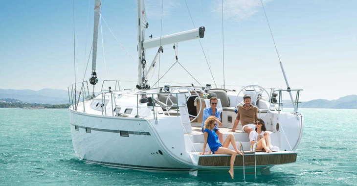 Rent a sailboat in Marina Port Pin Rolland - Bavaria 51 Cruiser