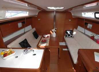 Rent a sailboat in Marina Port Pin Rolland - Dufour 335 Grand Large