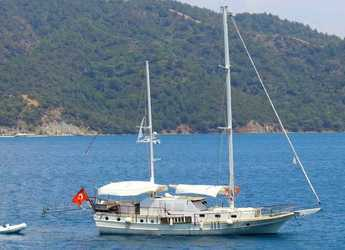 Rent a schooner in Göcek - Gulet