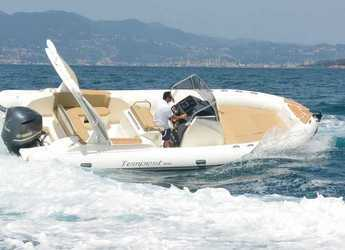 Rent a dinghy in Club de Mar - Capelli Tempest 800