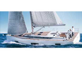 Rent a sailboat in Marina Sukosan (D-Marin Dalmacija) - BAVARIA C 45 BT (19)