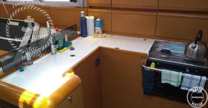 Rent a sailboat in Naviera Balear - Sunsail 41.1 (Classic)