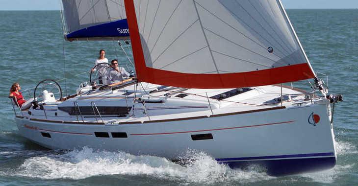Rent a sailboat in Port Louis Marina - Sunsail 47/3 (Classic)