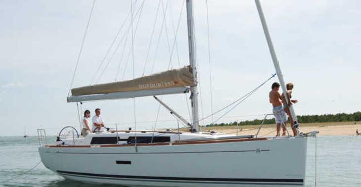 Alquilar velero Dufour 375 en Sotogrande, Cádiz