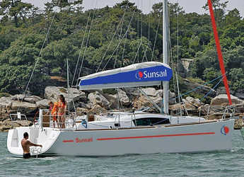 Rent a sailboat in Port Louis Marina - Sunsail 41.3 (Premium)
