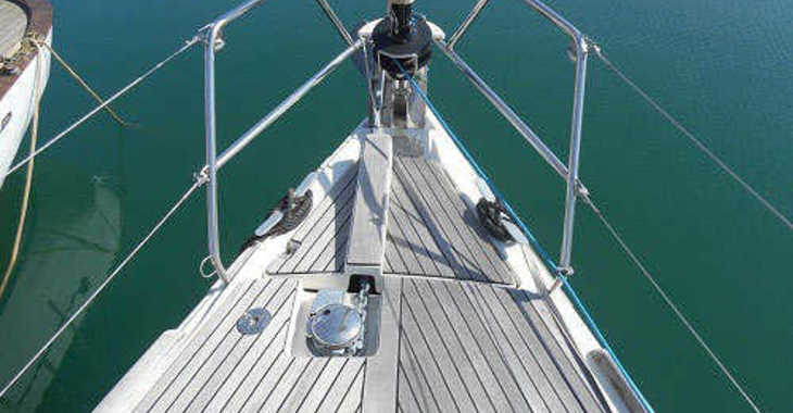 Rent a sailboat in Port Mahon - Dufour 405 Adventure