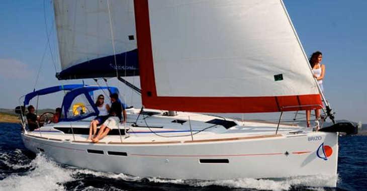 Rent a sailboat in Lefkas Nidri - Sunsail 41.1 (Classic)