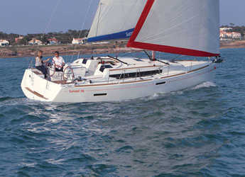 Rent a sailboat in Marina Gouvia - Sunsail 38 (Premium)