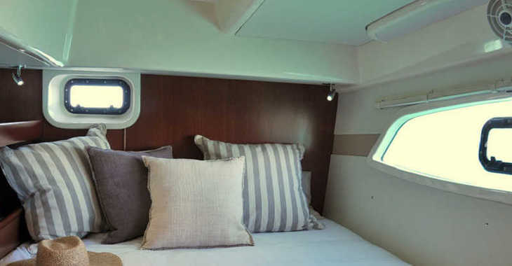 Rent a catamaran in Wickhams Cay II Marina - Sunsail 444 (Classic)