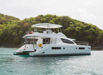 Rent a power catamaran  in Rodney Bay Marina - Moorings 514 PC  (Club)