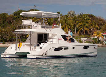 Rent a power catamaran  in Marina Gouvia - Moorings 394 PC (Club)