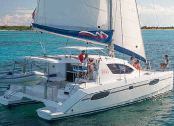 Rent a catamaran in Eden Island Marina - Moorings 3900 (Club)