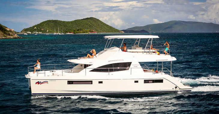 Rent a power catamaran  in Paradise harbour club marina - Moorings 514 PC (Club)