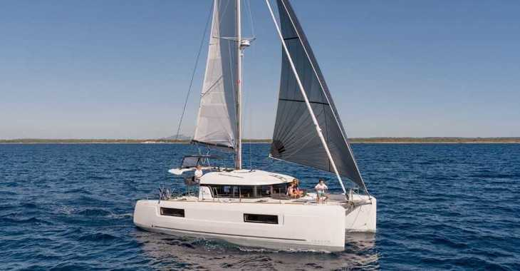 Rent a catamaran in Split (ACI Marina) - Lagoon 40