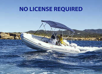 Rent a dinghy in Club Naútico de Sant Antoni de Pormany - Selva D470