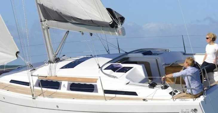 Rent a sailboat in Port Roses - Hanse 345