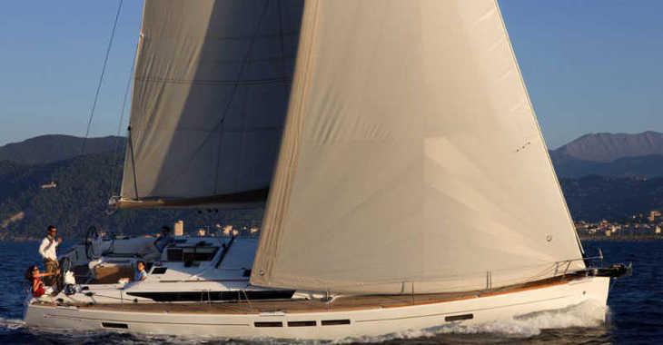 Rent a sailboat in Skiathos  - Sun Odyssey 519