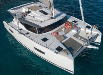 Rent a catamaran in Playa Talamanca - Fountaine Pajot Astrea 42