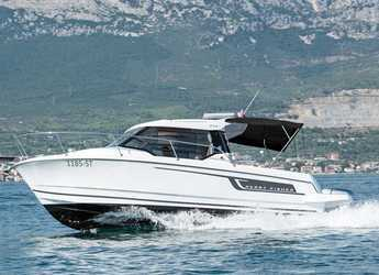 Rent a motorboat in Marina Kastela - Jeanneau Merry Fisher 795