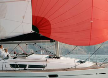 Chartern Sie segelboot in Port d´Alcudia/Port de Alcudiamar Marina - Sun Odyssey 36i