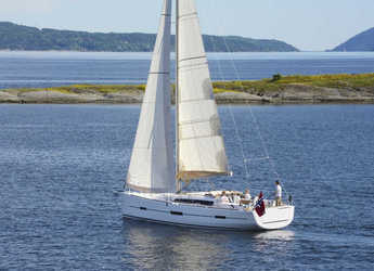 Rent a sailboat in Netsel Marina - Dufour 412 Grand large