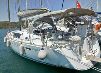 Rent a sailboat in Fethiye - Beneteau 43