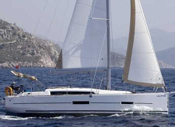 Chartern Sie segelboot in Ece Marina - Dufour 382 GL