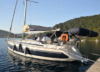 Rent a sailboat in Netsel Marina - Harmony 47