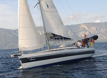 Rent a sailboat in Netsel Marina - Harmony 42