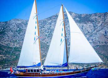 Rent a schooner in Bodrum Marina - Gulet Kaptan Yarkin