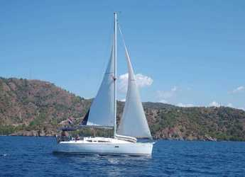 Rent a sailboat in Fethiye - Sun Odyssey 32